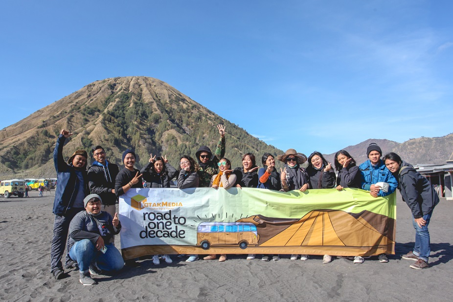 Road to #KotakmediaOneDecade, Goes to Bromo